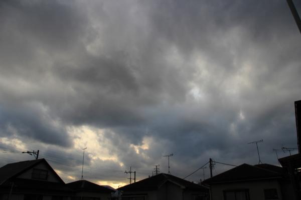 【十種雲形ギャラリー】高層雲(こうそううん・Altostratus)